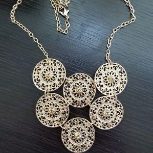 Francesca's Gold Filigree Statement Necklace Gem